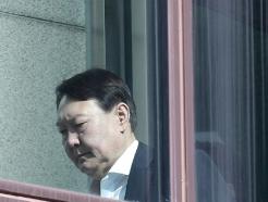 [사진] 근심 서린 윤석열 총장