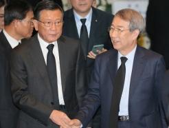 [사진]빈소에서 만난 박삼구-정운찬