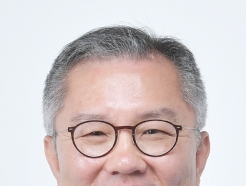 """최강욱, 조국에 허위 인턴증명서 주며 """"합격 도움되길""""(종합2보)"""