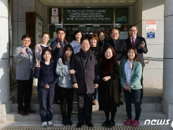 [사진] 성윤모 장관, 노인복지시설인 평안의 집 방문