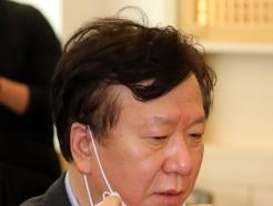 [사진] 코로나19 중수본 간담회 찾은 정호영 경북대병원장
