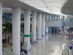 [사진] 하루 20만명 이용하던 인천공항 '코로나19 이후 모습'