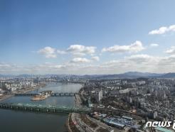 [사진] '코로나19 없는 세상처럼...' 맑은 하늘 펼쳐진 서울