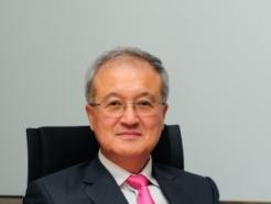 성기학 영원무역 회장, 지난해 보수 10억원