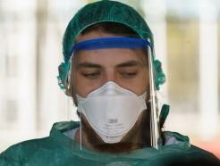 美정부, 인공호흡기·N95마스크 의료장비 수출 금지