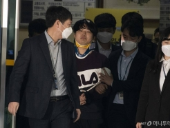 """[단독]조주빈 """"'박사방' 수익 배달음식으로 탕진…불안해서 폭식했다"""""""