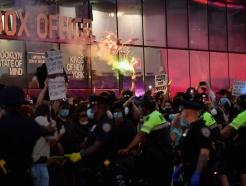 미국서 또 CNN 흑인기자 생방송 중 체포돼