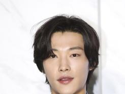 """우도환, 오늘 입대…육군 현역 군복무 """"건강히 다녀올게요"""""""