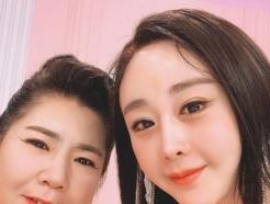 """中 마마, 함소원 재혼걱정 일축…""""내 며느리 걱정 마"""""""