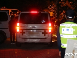 [사진] 서울대병원 향하는 박원순 시장 시신 운구 차량