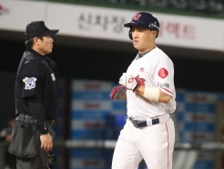 [사진] 롯데 손아섭 '따라간다'