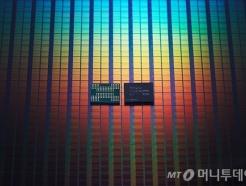 10조 딜 SK하이닉스-인텔, 낸드 생산기술 어떻게 다른가?