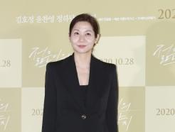 [사진] 김호정 '단아한 블랙 슈트'