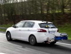 강화되는 디젤 차량 배출가스 규제에…판매 대응에 분주한 車업계