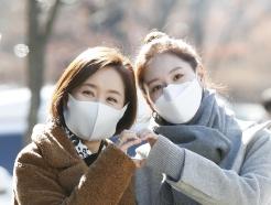 [사진] 윤유선-김재경 '간이역' 사랑해 주세요