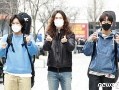 [사진] 이무진-정일홍-이승윤 '컬투쇼'에 사랑바이러스 전파