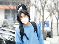 [사진] 이무진, 산뜻한 봄 패션