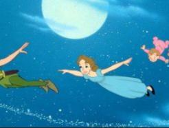 디즈니, 피터팬·덤보 등 고전 애니에 '7세이하 관람불가' 조치… 이유는