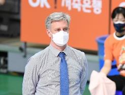 """이제 챔프전 바라보는 산틸리 """"정규리그와 달라, 100%로 준비하겠다"""""""