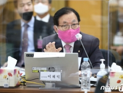 소위 임관 연령 30세로 상향…이채익 의원, 군인사법 개정안 발의