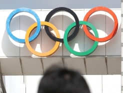 [사진] '100일 앞둔 도쿄올림픽, 日국민 72% 취소나 재연기해야'