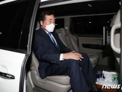 """'자가격리 해제' 이낙연, 첫 일정 세월호 참배…""""문자폭탄 한방향 아냐"""""""