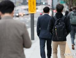 [사진] 세월호 7주기, 가방 위 노란 리본