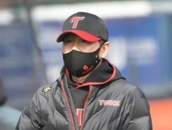 """야수의 '투수 등판', 류지현 감독은 반대 """"그럴 생각 없다"""" [★잠실]"""