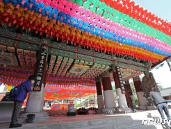 [사진] 부처님오신날 한달 앞둔 조계사