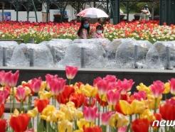 [사진] 4월에 찾아온 이른 더위