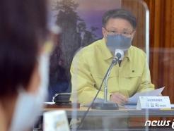 [사진] 포항 장기면 이장들과 만난 이정희 권익위 부위원장