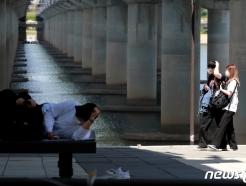 [오늘의 날씨] 경기(13일, 목)…낮 기온 30도 육박, 초여름 더위