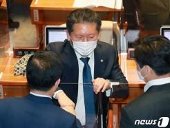 """정청래 """"때만 되면 5·18 광주 찾는 정치인…혼자 조용히 오시라"""""""
