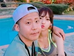 "BJ철구, 아내 외질혜 불륜 폭로…상대남 지목 BJ지윤호 ""일방적"""