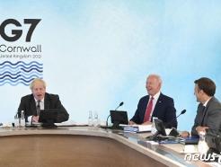 [사진] 존슨, 마크롱과 G7  정상 실무회의 참석한 바이든