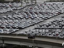 """""""잘가라 코로나""""…車수출 50% 넘게 늘어"""