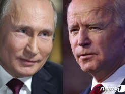 '지각 대장' 푸틴, 바이든과 회담서도 늦게 나타날까