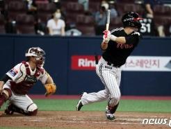 [사진] LG 홍창기, '쳤다 역전타!'