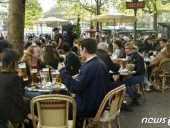 프랑스, 하루 3000명 확진 불구 야외 마스크 의무화 해제