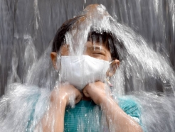 [오늘 날씨] 무더운 여름날 계속…제주엔 빗방울