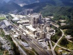 유연탄 가격 2배 뛰었다…수입 의존하는 시멘트업계 '비상'