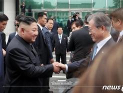 """""""대단히 과열될 것"""" 野에서 나온 北김정은 '킹메이커'설"""