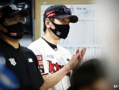 """""""다음주 두산인데... 차라리 비 왔으면"""" 1위팀 감독도 '안절부절'"""