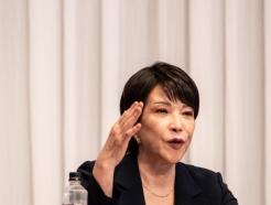 """日 다카이치 또…""""韓 독도에 시설 못짓게, 신사참배는 종교자유"""""""