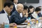 이효성 방통위 위원장 '몰카 등 불법영상물 차단 고심'