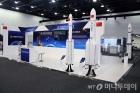 """""""달 로켓·화성 정찰위성까지""""…우주기술 마케팅戰 '후끈'"""