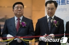 2017 한국전자산업대전 참석한 한상범 LG디스플레이 부회장