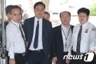 '최순실 태블릿PC 조작' 주장 변희재, 영장실질심사 출석