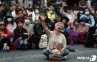 홍콩에 자유를