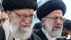 이란 최고지도자, 솔레이마니 장례식서 '눈물'